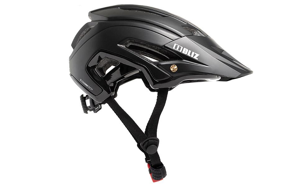 White Cross-Enduro-Helmet Tested
