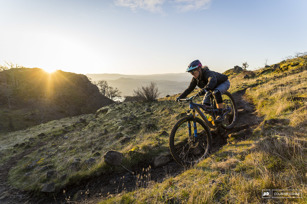TEST AND REVIEW - BY PINKBIKE